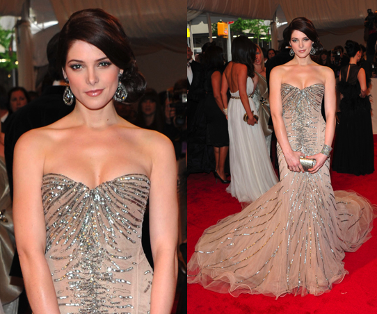 Ashley Greene in Donna Karan