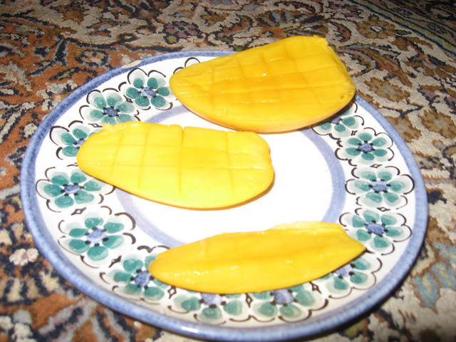 Mango!!! (My new food obsession)